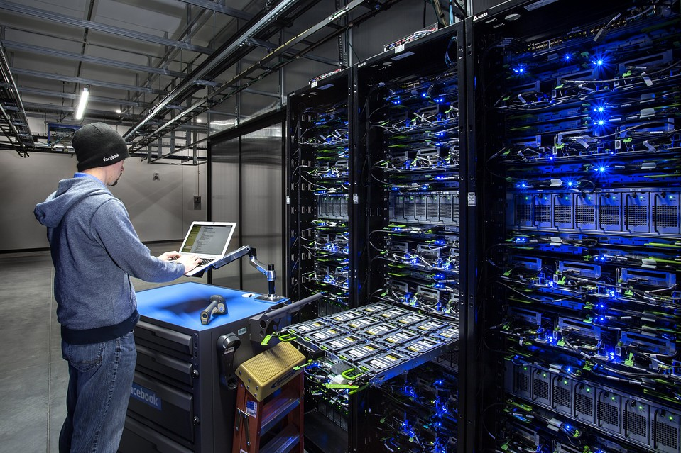 How Businesses Can Benefit with Data Center India - Image 1