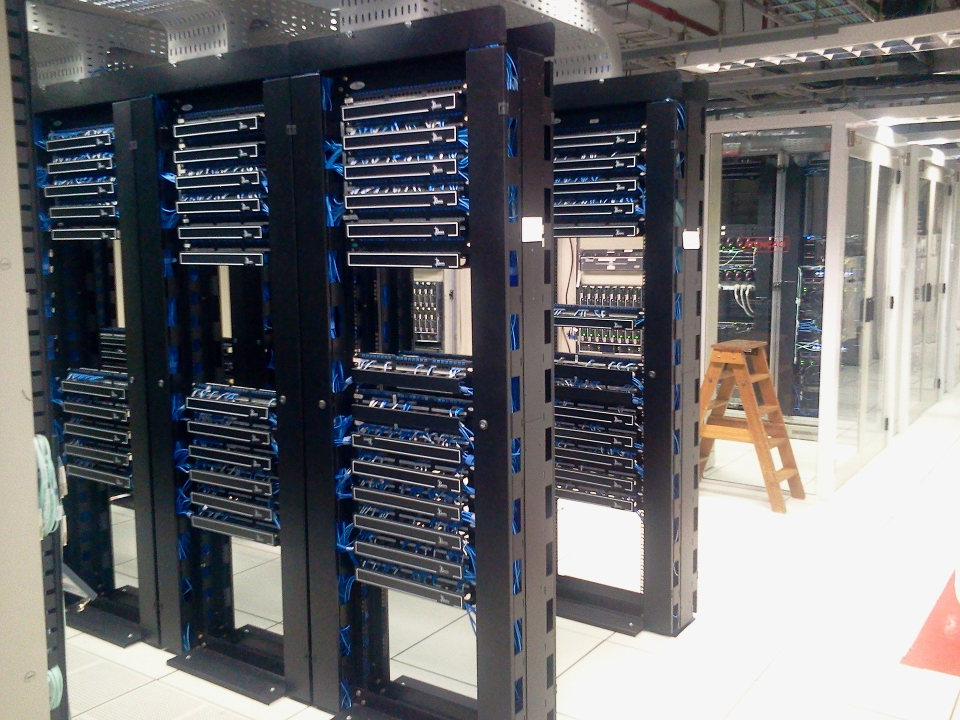 Should You Sign Up for Unmanaged Dedicated Servers? - Image 1