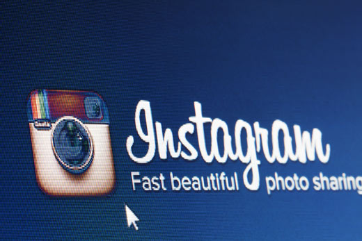 How to install and Use Instagram on BB - Image 1