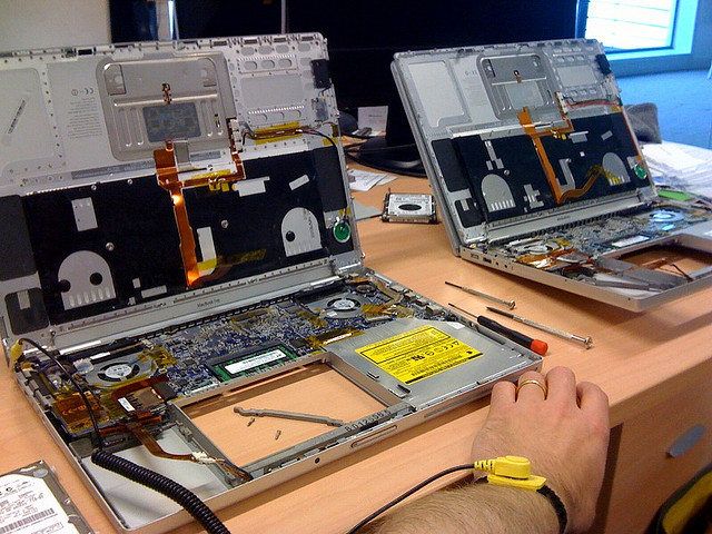 A Career Guide to Becoming an IT Engineer - Image 1