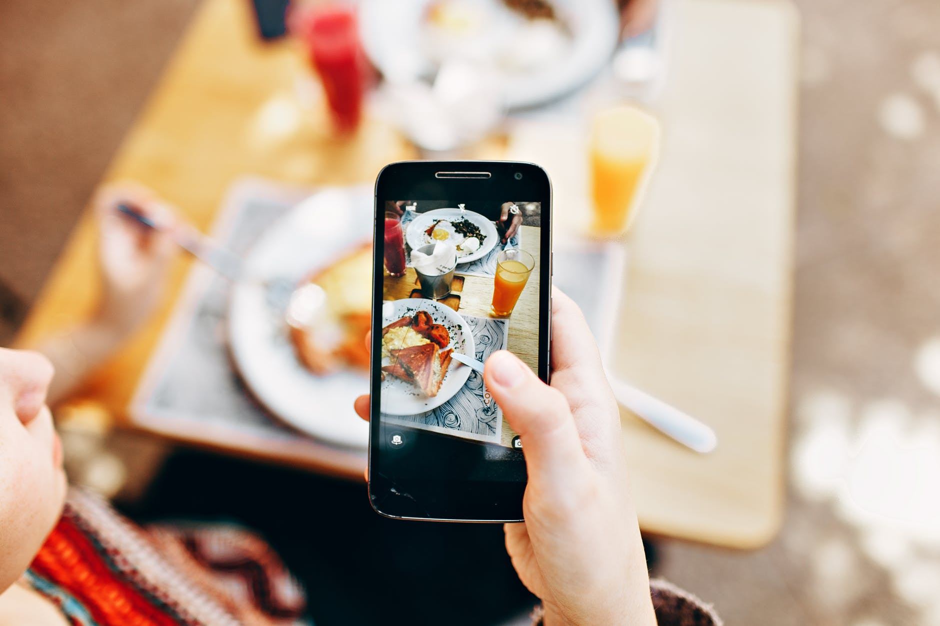 5 Ways New Technologies Are Affecting The Food Industry - Image 1