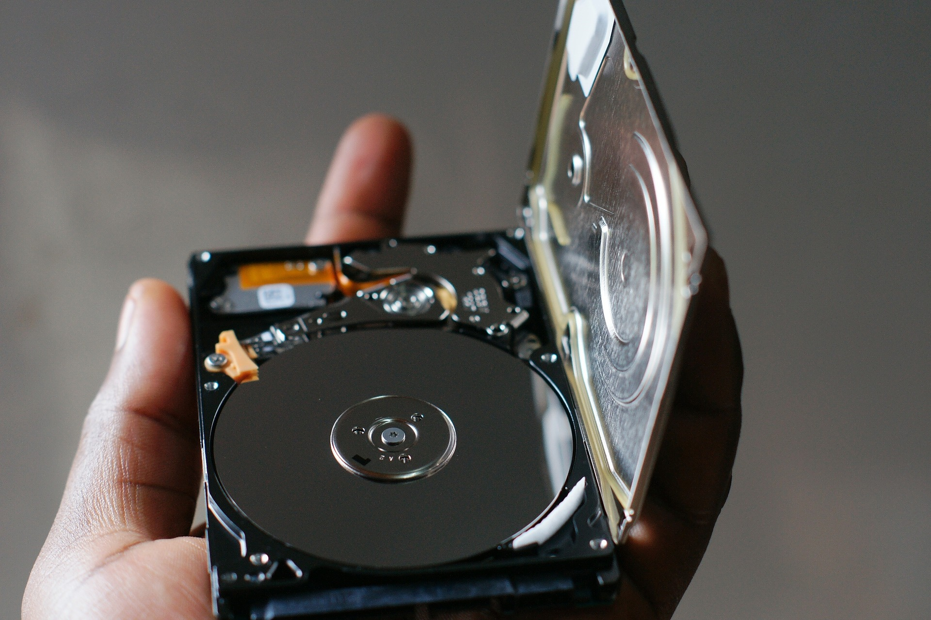 A Complete Guide on Hard Disk Data Recovery - Image 2