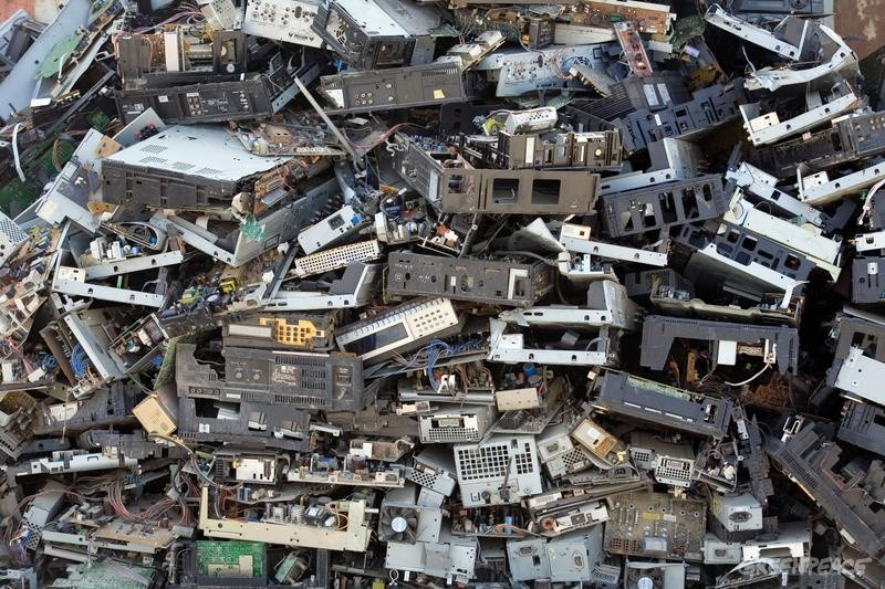 Dealing With Electric Waste Crises Worldwide - Image 1