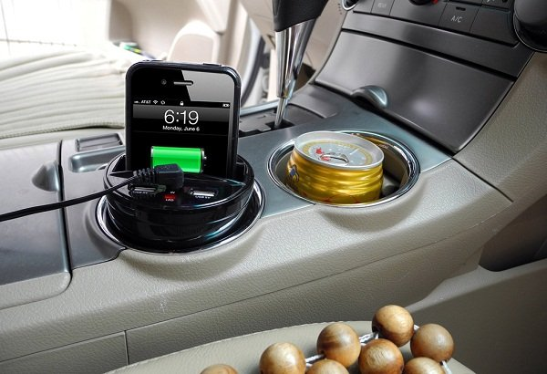 Wireless car charger - Image 1