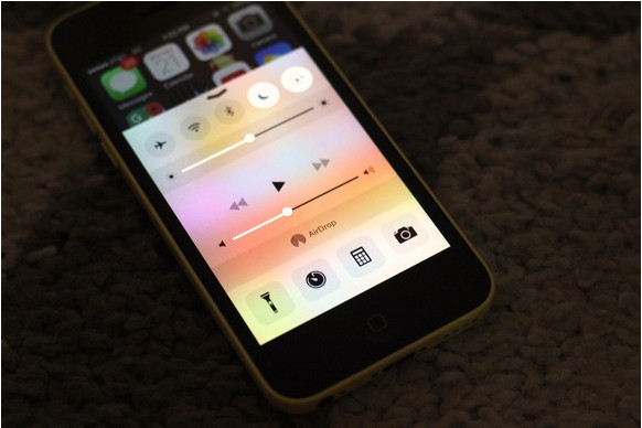 How to prevent your iPhone's screen from rotating - Image 1