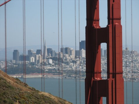 Boost Your Golden Gate City Tech Business - Image 1